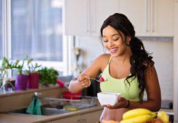 Czy stosować odżywki białkowe